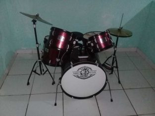vendo bateria turbo drums action