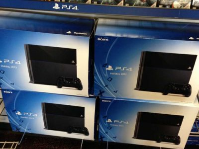 PlayStation 4 Slim HD de 500GB novo com garantia
